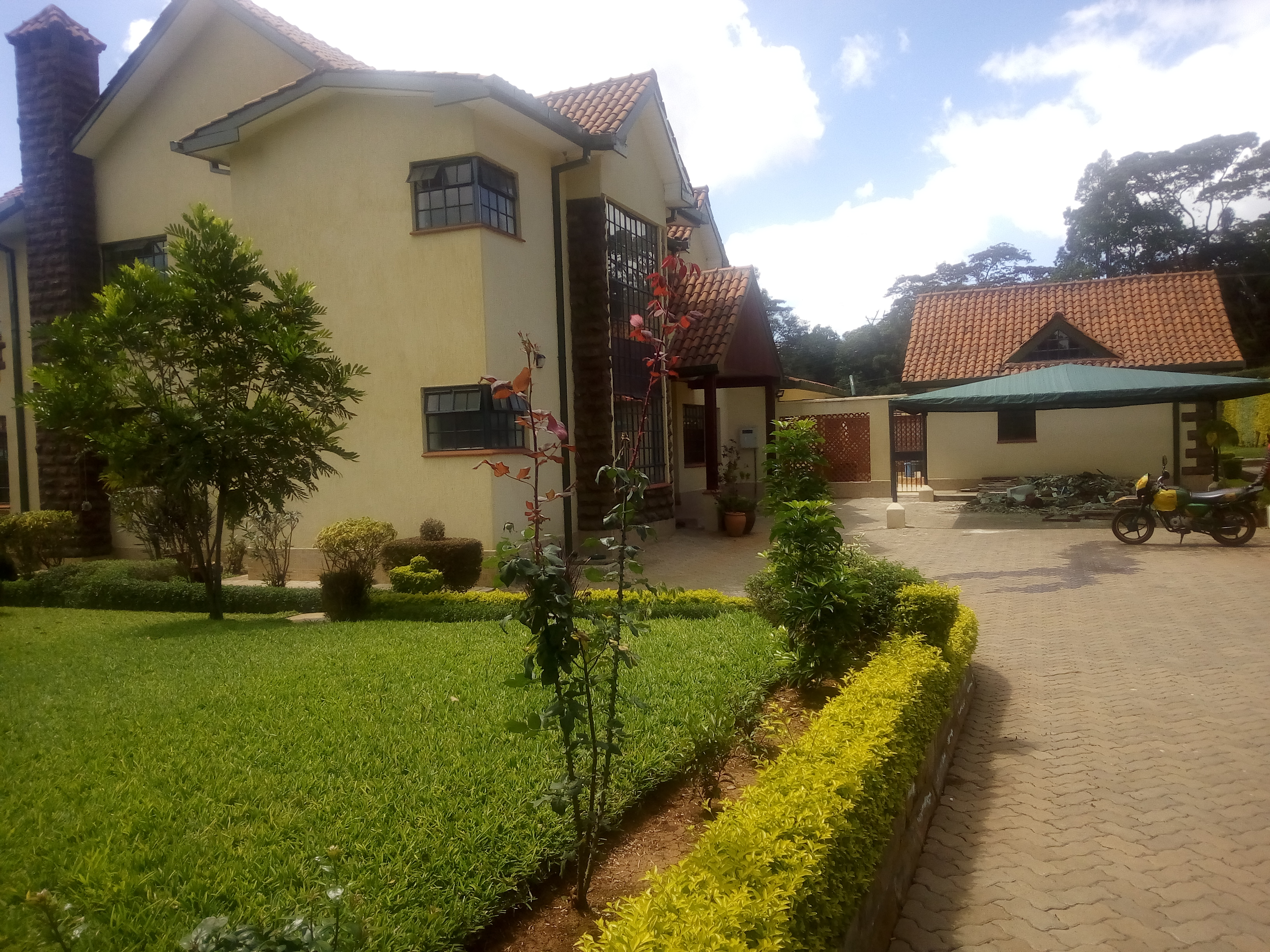 4 bedroom house with a dsq for sale in Karen